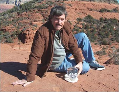 Bill Homann, the guardian of the Mitchell-Hedges Crystal Skull which he is holding in this photo, taken while he lived in Sedona. We used this photo from Bill in the interview we did with him for our free crystal skull e-book (see how to get it at the end of this article).